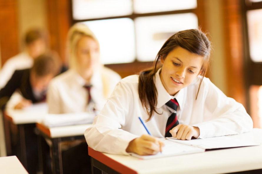 Schuluniform an einer High School in den USA